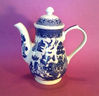 Churchill Blue Willow - Teapot Coffee Pot - 9 1/2 Inches Tall - England