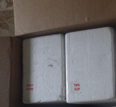 2 Styrofoam Insulated Shipping Box Coolers 9 x 11 x 15