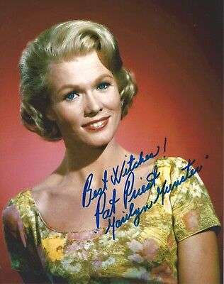 Pat Priest signed The Marilyn Munsters 8x10 Photo. Exact Photo Proof