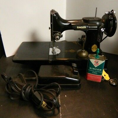 VINTAGE 40 SINGER Featherweight 40 4040 Sewing Machine W Foot Interesting 1947 Singer Featherweight Sewing Machine