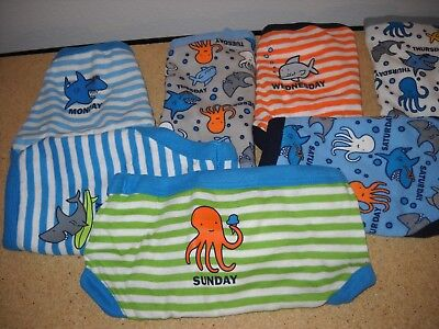 New BABY GAP 7 pc  MULTI-COLOR UNDERWEAR Boy size 4-5  YRS