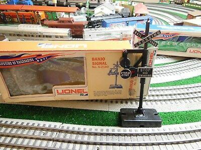 Lionel 6-2140 Banjo Signal from 1970 in Banner Box-Transition Piece