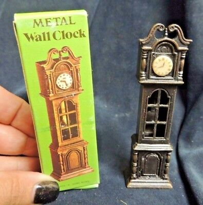 Vintage Die Cast Pencil Sharpener RARE Wall Clock Zinc Alloy #6011 NOS Miniature