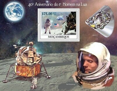 NASA Apollo XI / Astronaut Neil Armstrong Space Stamp Sheet (2009 Mozambique)