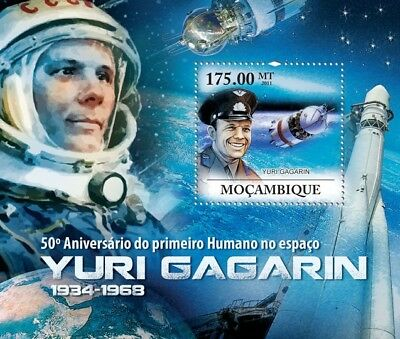 YURI GAGARIN / VOSTOK I First Man in Space MNH Stamp Sheet #2 (2011 Mozambique)