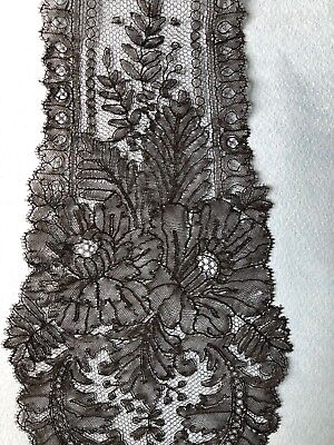 Victorian  handmade Chantilly bobbin lace lappets COSTUME COLLECT