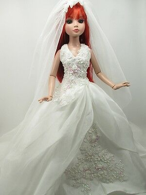 Outfit Dress Wedding Gown with veils Tonner Tyler Essential Ellowyne # 700-31