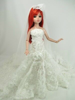 Outfit Dress Wedding Gown with veils Tonner Tyler Essential Ellowyne # 700-11