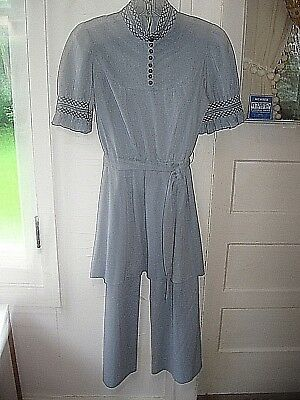 VINTAGE BLUE1960-70s2pc HIPPIE KNIT PANT SUIT-BELL BOTTOM PANTS/TUNIC SMOCKING