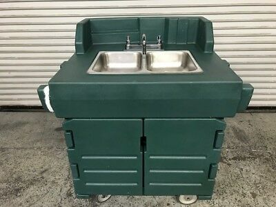2 Compartment NSF Portable Hot Mobile Hand Wash Sink Cart Cambro KSC402 #8374