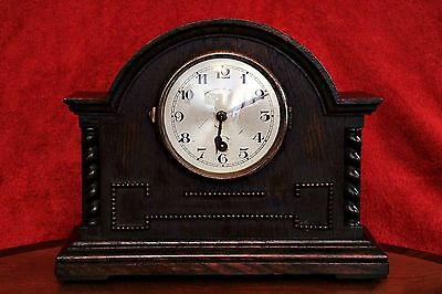 Antique 8 Day Oak Mantel Clock with Key
