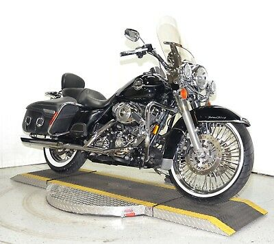 "2008 Harley-Davidson Touring  2008 Harley Davidson Road King Classic FLHRCI Fat Spoke 21"" Front Wheel 31K!"