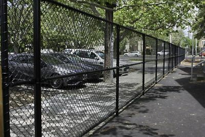 Black PVC Coated Chain Link Wire Mesh Fence 2.4mm High 15 Meter Long,$167/roll