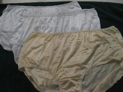 Comfortchoice Size 11 Three Pair Of Polyamide Panties,one Is Yelow,two Are White