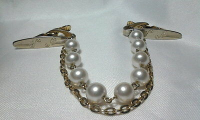 Vintage Estate Gold Faux Pearl Gold Chain Floral Sweater Guard Clip