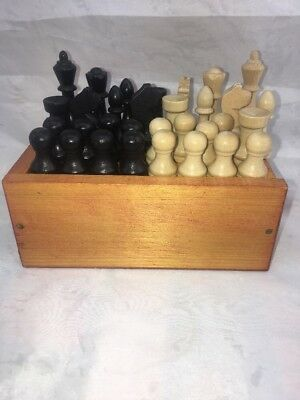 VINTAGE WOODEN CHESS PIECES In Box. Full Set Of 32.