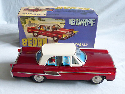Red China ME 750 Sedan Battery Operated Blech Auto Tin Toy Car 70er Jahre in Box