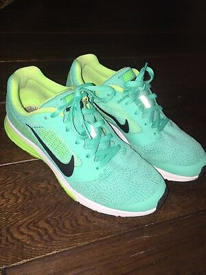 5ff8a2ed6128 Nike Women s ZOOMFLY 2 Running Shoes Size 7 Teal Lime and Black  no inserts