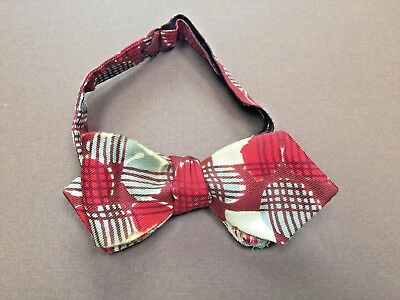 Humphrey Bogart's Geometric Print Silk Bow Tie with Certificate of Authenticity