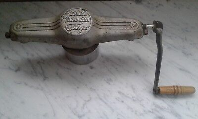 Vintage Antique White Mountain Ice Cream Maker/freezer Hand Crank 4-64 Wm1 Usa