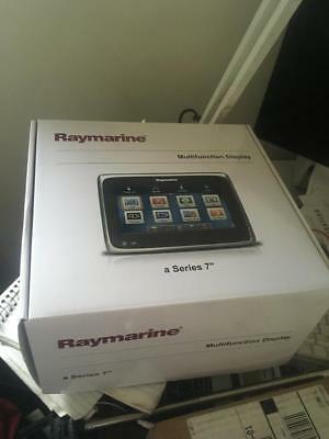 Raymarine a78 70202 with cpt-100 transducer with downvision