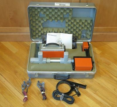 Metrotech 810 RF Line Underground Pipe Cable & Wire Locator Tracer w/Case