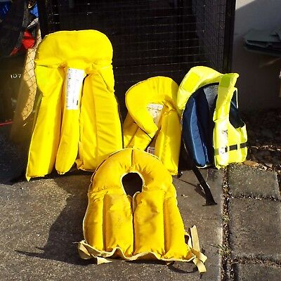 life jackets - 2 adults and 2 childrens