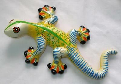Ceramic Lizard Gecko Decorative Wall Art Decor Pale Yellow Green Stripe V2