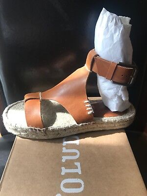 6e8867d290e NIB Soludos Women s Banded Shield Open Toe Leather Sandal Camel Tan 5M