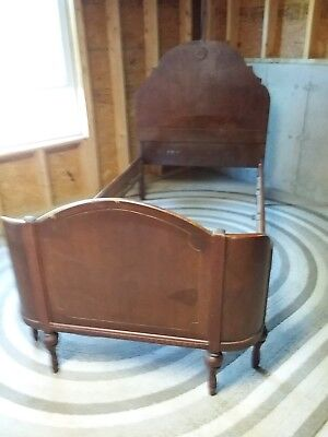 Antique Twin Bed NO SHIPPING