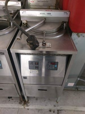 Broaster Pressure Fryer Model 1800