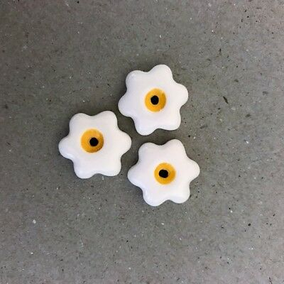 17mm CERAMIC FLOWERS (x3) - White ~ Ceramic Mosaic Tiles