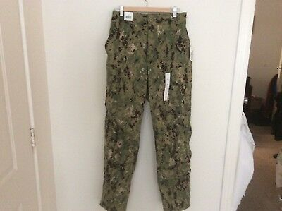 US Navy Nwu Type iii AOR2 Green Digital Trousers Size Small Regular New With Tag