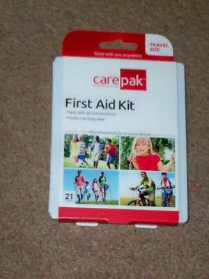 """"" 21 PIECE FIRST AID KIT ""  (compact) TRAVEL SIZE ..GOES ANYWHERE<<<<<"