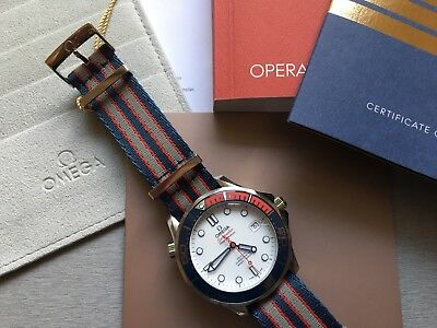 Omega Seamaster Diver 300M James Bond Commander's Watch LC100 Fullset NEU