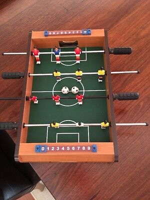 TABLE TOP SOCCER FOOSBALL GAME Excellent Condition