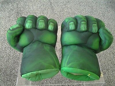 hulk smash hands,  hasbro 2008