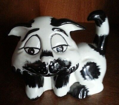 Lorna Bailey black and white thoughtful Cat Figurine  FREE P&P #