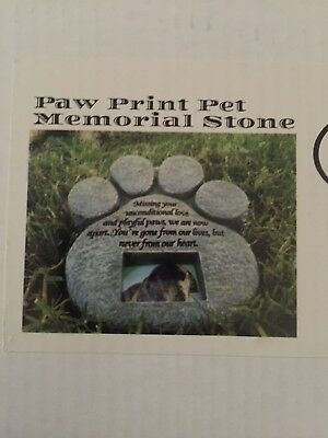 Dog or Cat Pet Paw Print Grave Marker Memorial Stone Plaque New In Box!!!