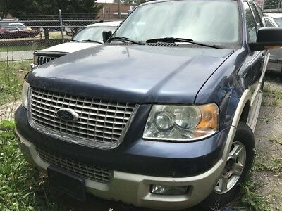 2005 Ford Expedition  2005 Ford Expedition Needs Engine
