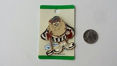 1994 Enamel Gold-Tone Club Looney Tunes TAZ Tasmanian Devil Golf Pin NOS