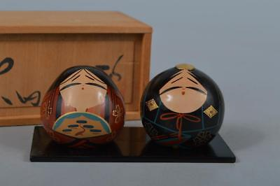M4085: Japanese Wooden Lacquer ware Hina doll ORNAMENTS Display w/signed box