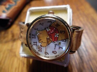 Vintage Walt Disney Watch Winnie the Pooh w genuine leather band w mickey mouse