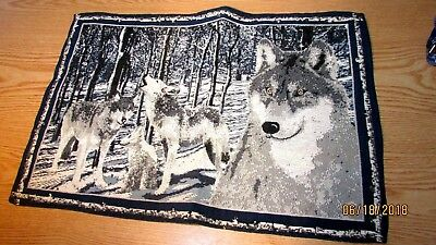 Howling Wolf Tapestry Placemat 4 Wolves Blue White Wolf Family Cub Pup