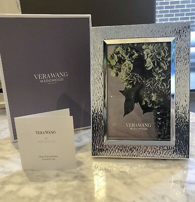 "New Vera Wang Wedgwood With Love Nouveau Pearl Frame 4""X6"""
