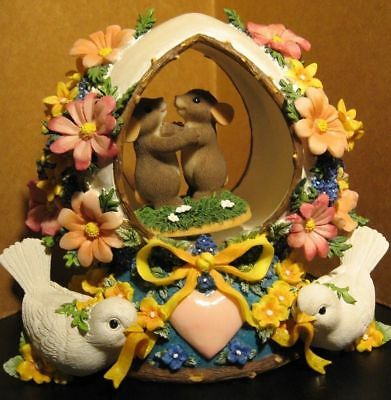 "Fitz and Floyd Charming Tails ""An Eggceptional Love"" Music Box 98/395"