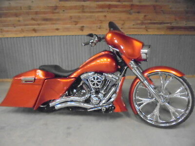 2012 Harley-Davidson Touring  2012 Harley FLHX Street Glide Big Wheel Custom Bagger, Air ride