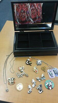 Lot of Pepe Le Pew Vintage Collectable Jewelry and Bonus Box!! 1992-1999, WB