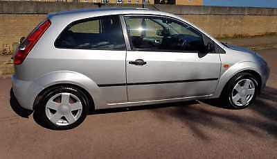 Ford Fiesta 1.4 Flame Silver Special Edition