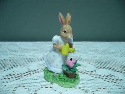 Royal Doulton Bunnykins Resin Figurine - Susan The Helper - Vgc